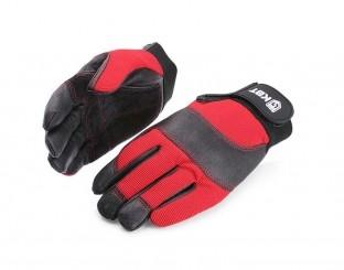 Перчатки электромонтажника С-33 Перчатки из натуральной кожи повышенной прочности Поставляются двух размеров: M (8) и L (9) Состав: - ладонная сторона: 100% натуральная кожа - тыльная сторона: 96% полиэстер, 4% спандекс Два вида кожи на ладони и пальцах обеспечивает повышенное сцепление перчатки с предметами, предотвращая их выскальзывание Двойные швы перчатки устойчивы к интенсивным нагрузкам Мягкая накладка из толстой кожи на ладони защищает ее от натирания Кожаная вставка на тыльной стороне перчатки защи