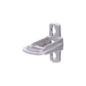 Тип: КА (CA) Предназначен для крепления анкерных зажимов к опорам ВЛИ или фасадам зданий Кронштейн представляет собой моноблок из коррозионно-стойкого алюминиевого сплава Крепление осуществляется двумя болтами диаметром 14 или 16 мм, либо с помощью двух бандажей из нержавеющей ленты 20х0.7 мм Конфигурация кронштейна обеспечивает удобное перемещение по опоре, позволяет закрепить монтажный ролик для раскатки СИП Обеспечивает крепление одного или двух анкерных зажимов Рассчитан на механические усилия, создавае