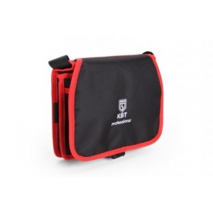 Описание  Прочная сумка из водонепроницаемого высококачественного полиэстера 1680D Оксфорд Регулируемый ремень с возможностью переноски сумки через плечо или крепления сумки на поясе Сумка выдерживает вес до 5 кг Одно основное отделение с 6 карманами 4 закрывающихся клапаном кармана на лицевой стороне 2 крепежных элемента по бокам сумки Вес: 0.40 кг Габариты: 240х240х70 мм