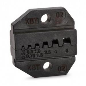 Опрессовка изолированных и неизолированных штыревых втулочных наконечников Типы наконечников: НШВИ, НШВ, НШВИ (GLW) Сечения проводов: 0.25/0.34/0.5/0.75/1.0/1.5/2.5/4/6 мм² Шестипозиционная матрица Профиль обжима: трапециевидный Для пресс-клещей: CTB, CTA, CTK, набор CTB